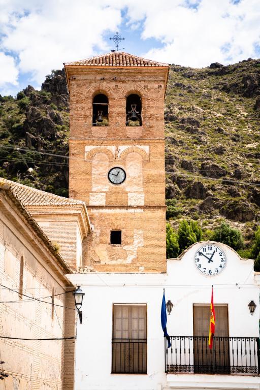 Cástaras white village Andalucía